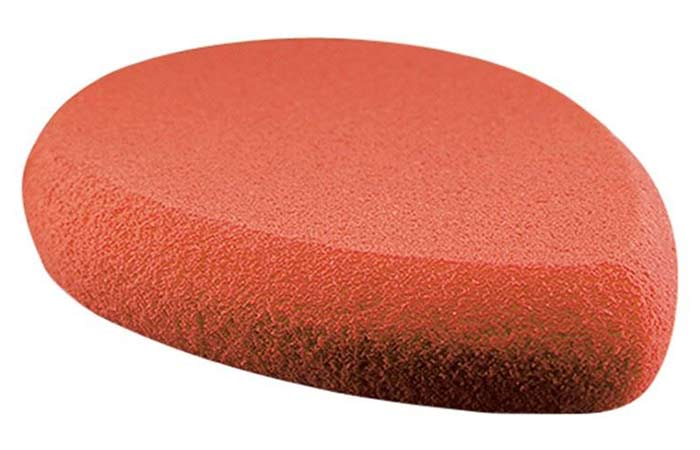 Best Makeup Sponges And Blenders - 3. MAC All Blending Sponge