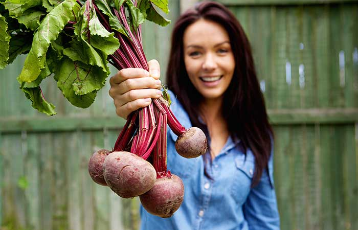 6. Blush Your Cheeks With Beetroot