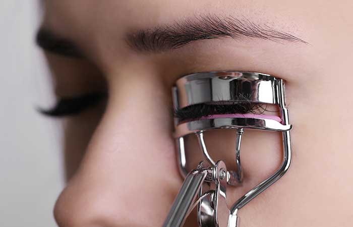 6. Curl Your Eyelashes