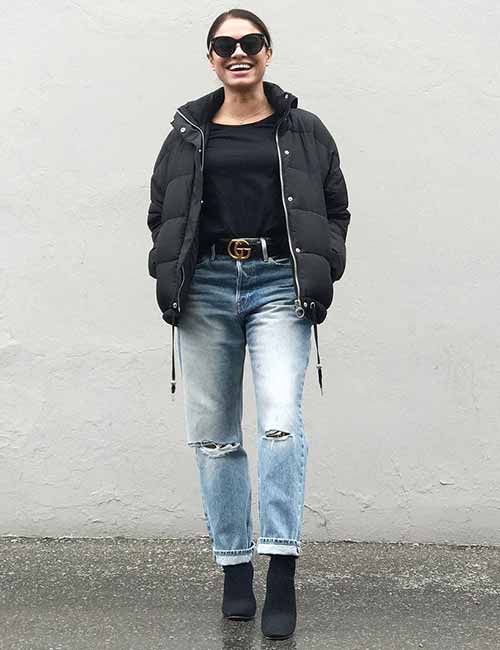 Style Your Mom Jeans , With A Puffy Jacket, Boots And A Belt