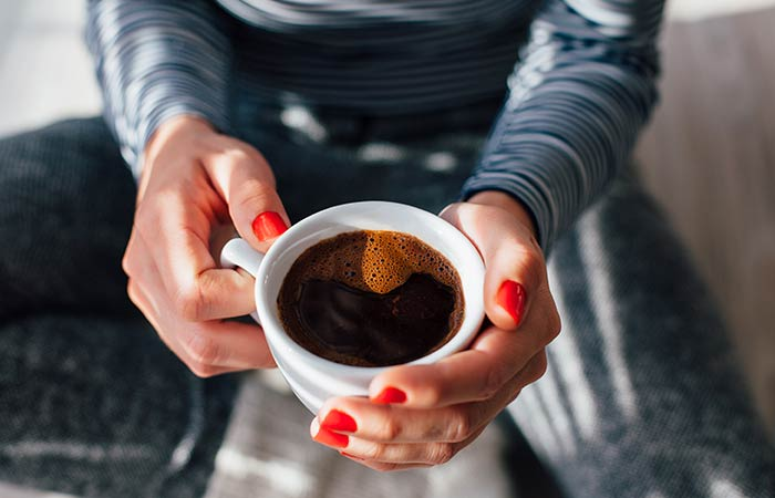 How To Lose Water Weight - Drink Black Coffee