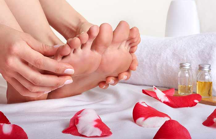 Home Remedies For Period Cramps - Foot Massage