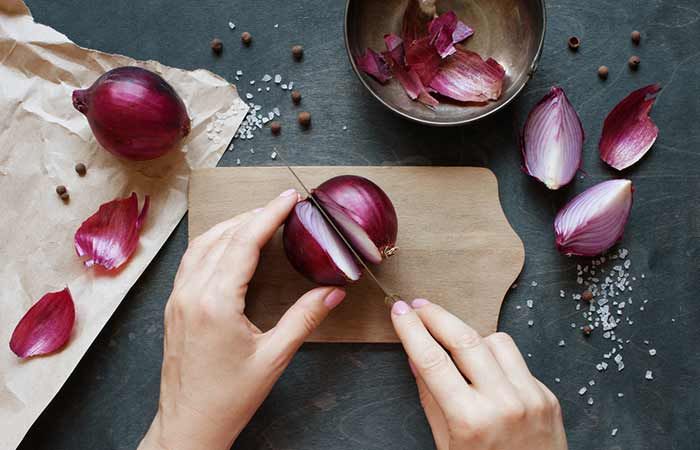 how to get rid of an ingrown toenail at home - Onion