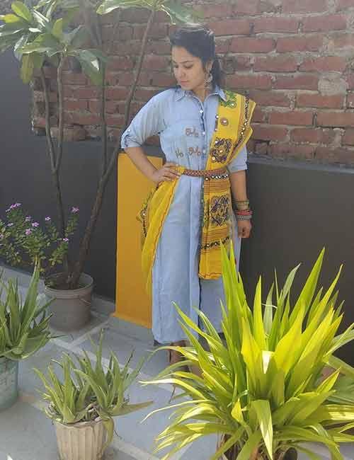 Dupatta - Gujarati Style