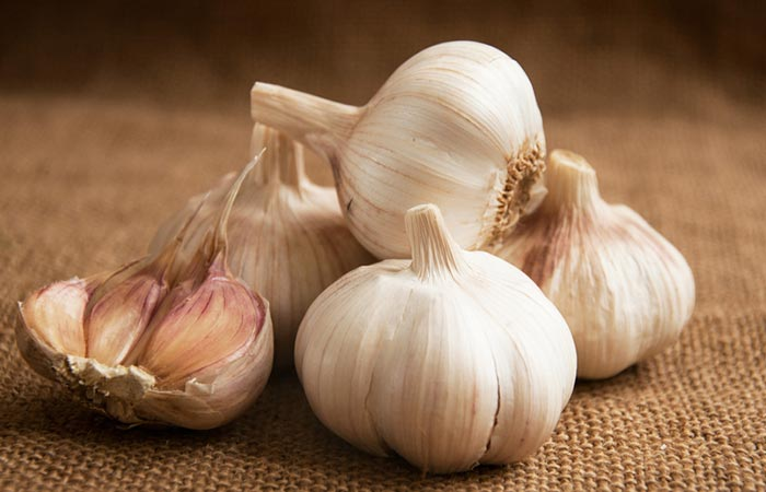 Home Remedies For Kidney Stone Pain - Garlic