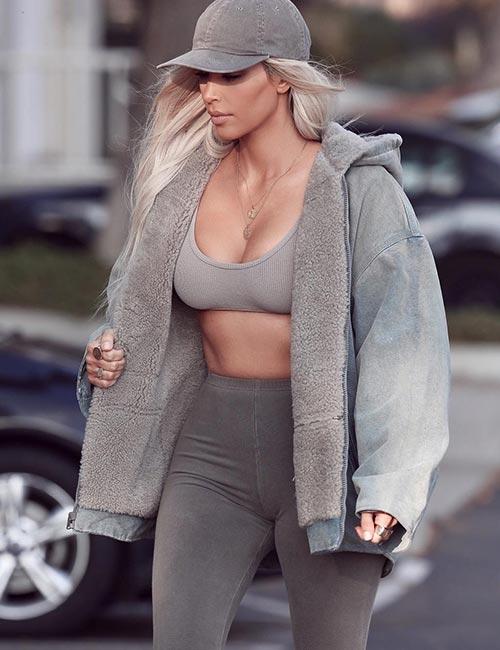 Kim Kardashian Looks - No Makeup Look