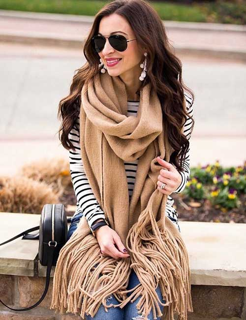 Outfit Ideas For Short Girls - Striped Shirt And Scarf