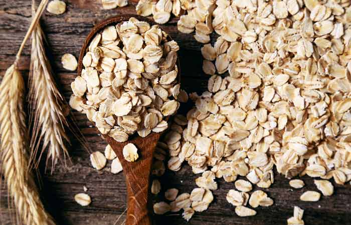 Oatmeal - Foods That Make You Poop