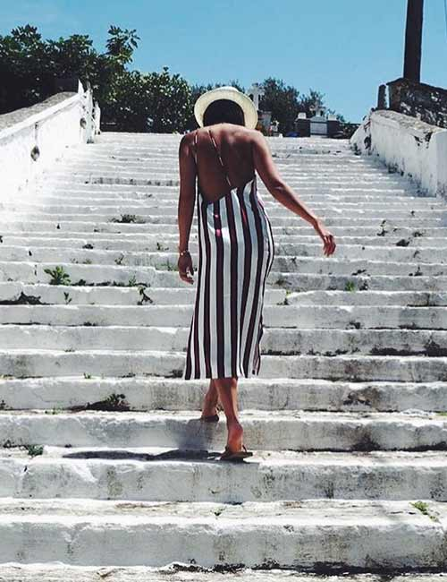 Fashion Tips - Between Horizontal And Vertical Stripes – Always Choose Vertical