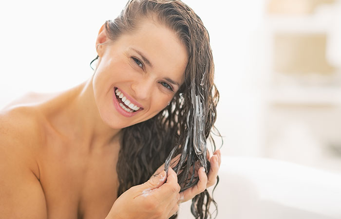 6. Mixing Up Your Shampoo & Conditioner