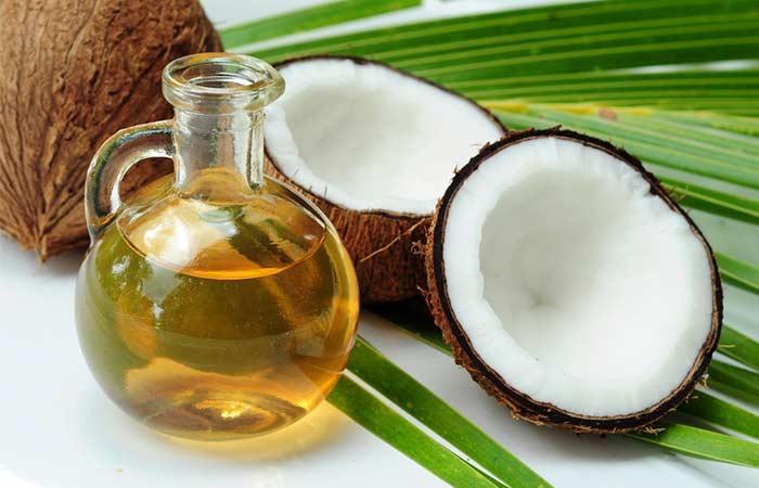 9. Coconut Oil And Aloe Vera