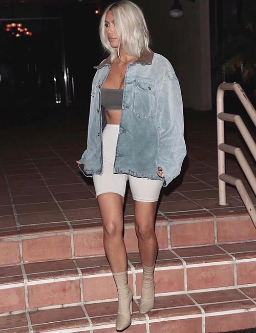 Kim Kardashian Looks - Kim's Street Style