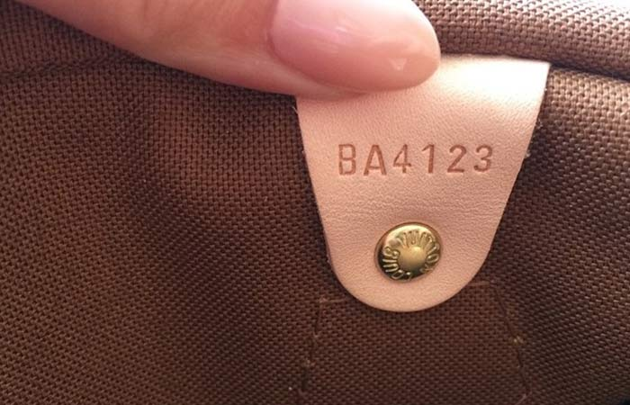 How To Tell If A Louis Vuitton Bag Is Real or Not! 8f6a73ea854bb