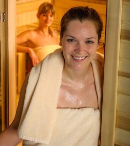 Sauna For Weight Loss – How It Works, Benefits, And Precautions