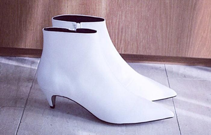 1.White Leather Shoes