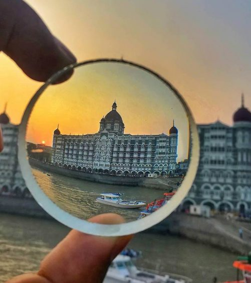 10 Best Fashion Street Shopping Places In Mumbai