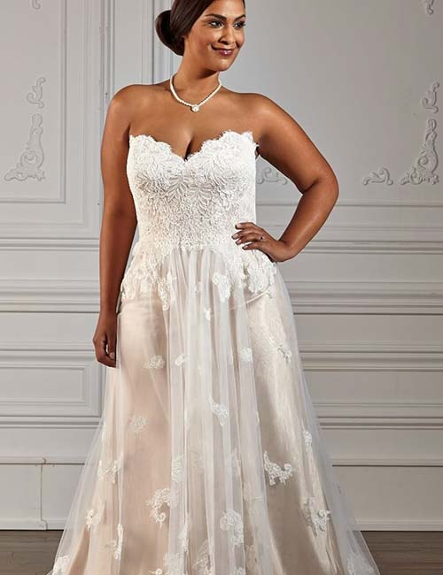 959ee9d1d31 Plus Size Wedding Dresses - Corset Style Applique Work Lace Dress