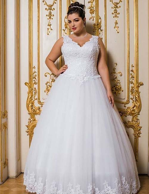Plus Size Wedding Dresses - Sleeveless Bridal Gown In Lace And Tulle