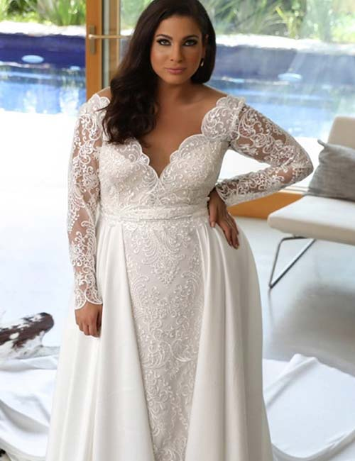 15 unique plus size wedding dresses plus size wedding dresses full sleeves dress in chantilly lace and satin pinit junglespirit