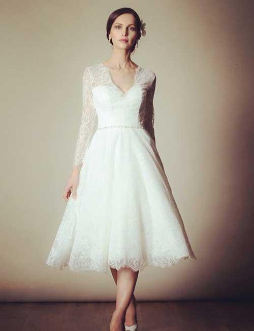 5. Short Vintage Lace Dress