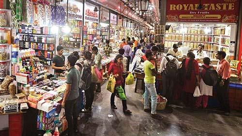 Street Shopping Places In Mumbai - Crawford