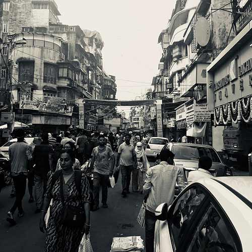 Street Shopping Places In Mumbai - Zaveri Bazar