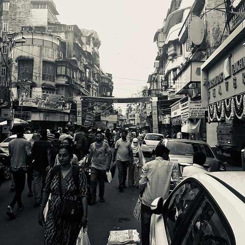 Street Shopping Places In Mumbai - Zaveri Bazar