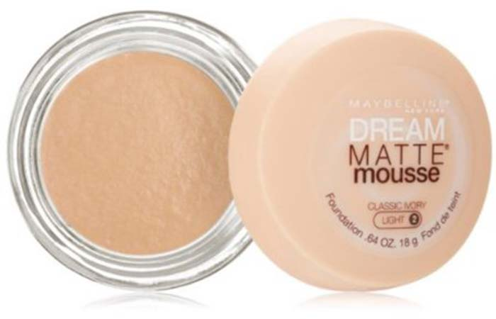 Maybelline Dream Matte Mousse Foundation Classic Ivory 20