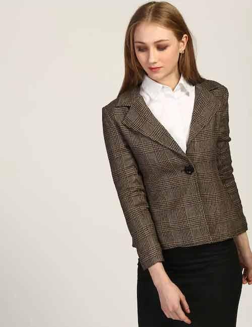 How To Wear A Blazer - Blazer With A Button Down Shirt