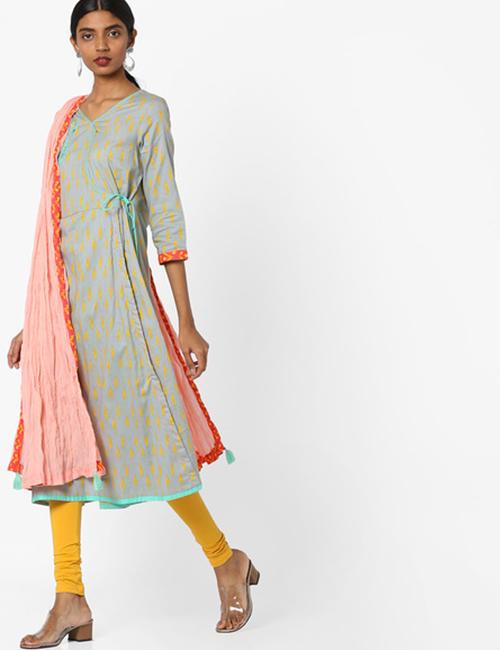Latest Churidar Neck Designs - Broad V-Neck