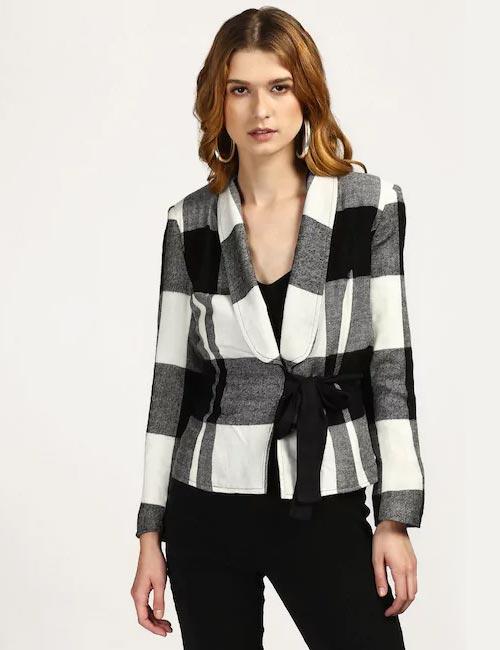 How To Wear A Blazer - Linen Blazer