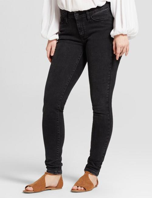 Best Comfortable Jeans For Curvy Women - Mid-rise Black Jeans For Petite Curvy Women