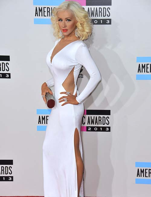 Short Female Celebrities - Christina Aguilera