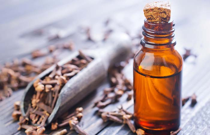 Essential Oils For Thyroid - Clove Oil