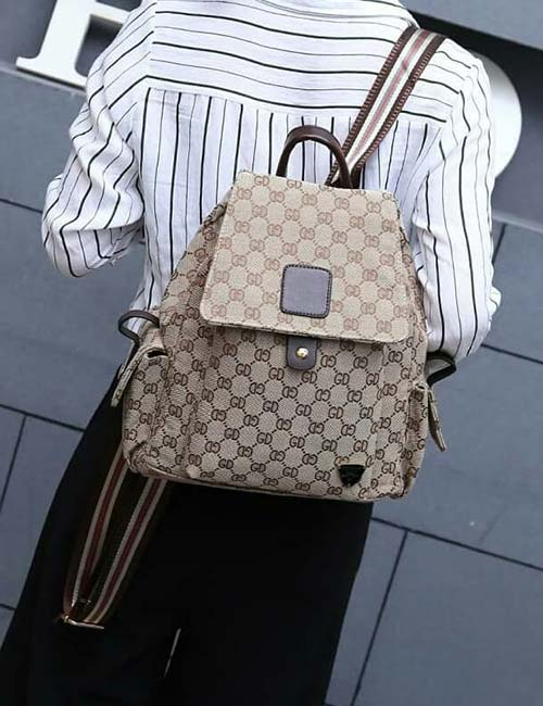 8. Gucci Petite Shoulder Bag