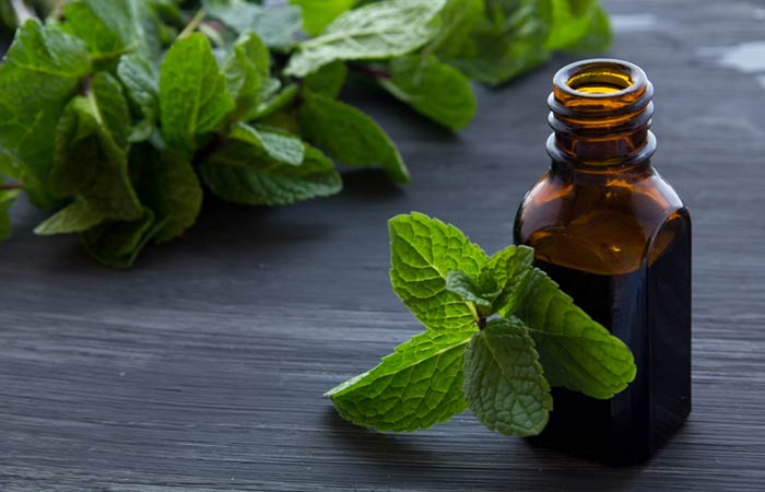 Essential Oils For Thyroid - Peppermint Oil