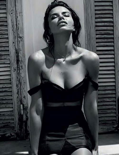 Top Instagram Models - Adriana Lima