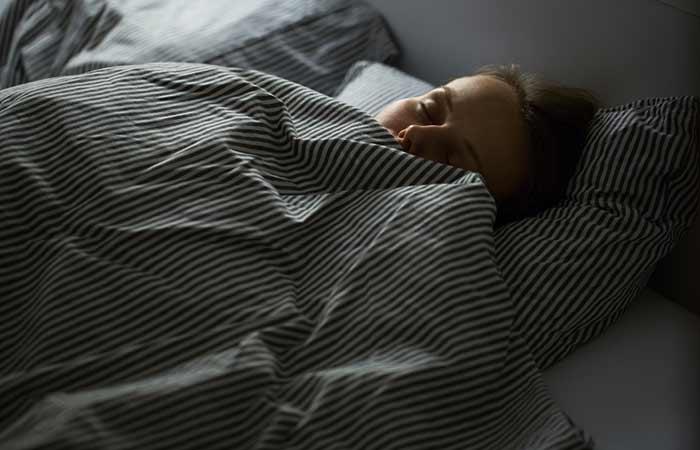 Stop Nighttime Eating - Get Enough Sleep