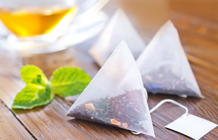 How To Get Rid Of A Black Eye Naturally - Green Tea Bags