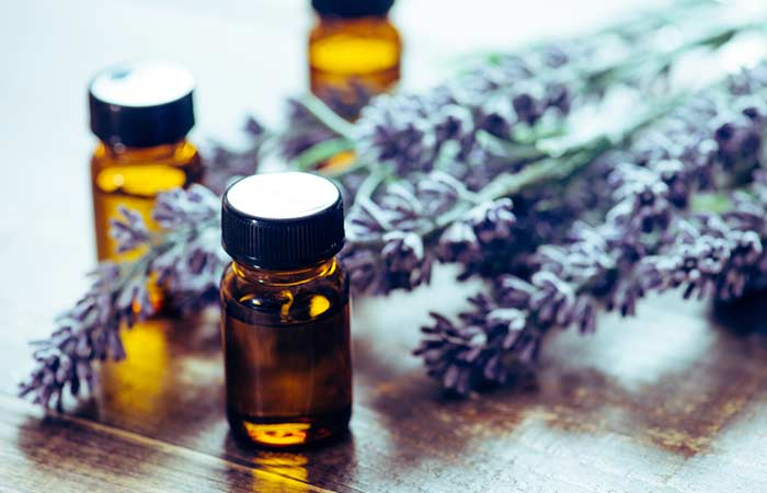 How To Get Rid Of A Black Eye Naturally - Lavender Oil