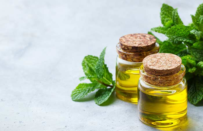 How To Get Rid Of A Black Eye Naturally - Peppermint Oil