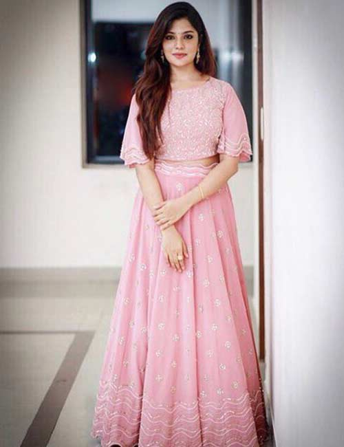 How To Wear A Lehenga - Pink Ghagra With Butterfly Sleeves