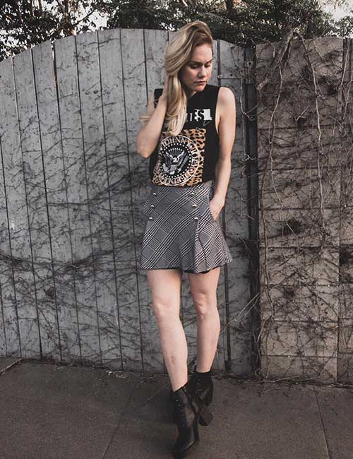 How To Wear Combat Boots - Plaid Skirt And Graphic T-Shirt