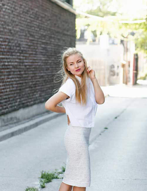 15. White Pencil Skirt Monochrome Outfit