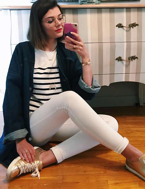 18. White Jeans And Oversized Denim Jackets