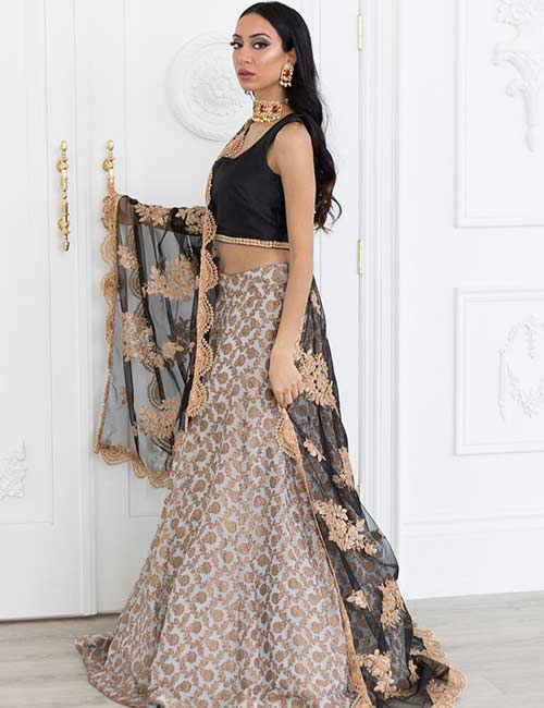 How To Wear A Lehenga - Gold And Black Lehenga For The Bride