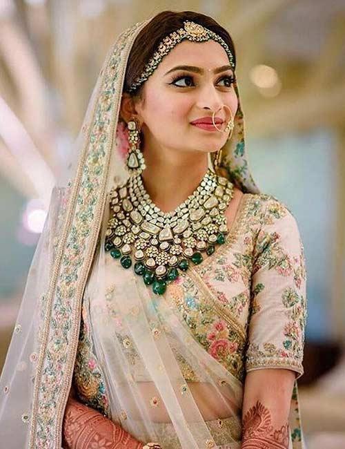 How To Wear A Lehenga - Lehenga Choli For The Bride