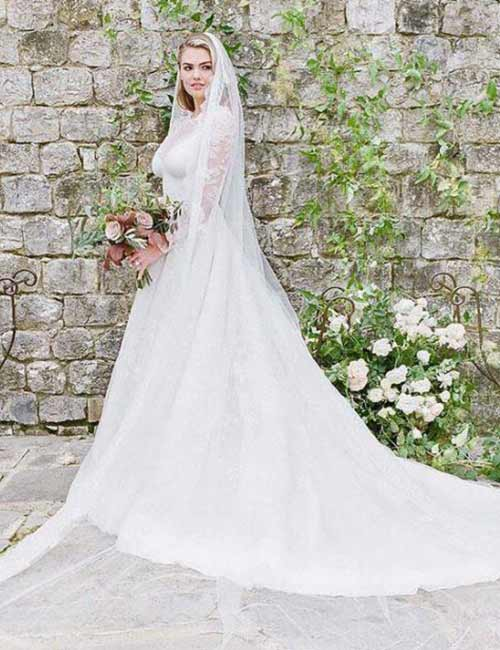 Best Celebrity Wedding Dresses - Kate Upton