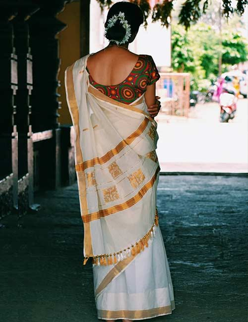 Kerala Saree with Kutch Cotton Embroidery Blouse