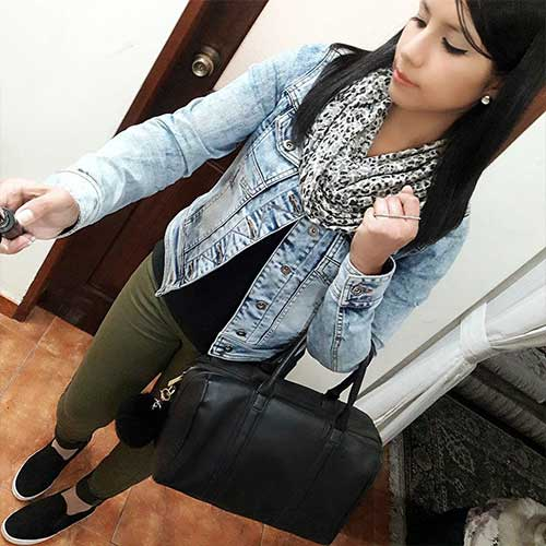 What To Wear With Olive Green Pants - Olive Green Pants With Denim Jacket